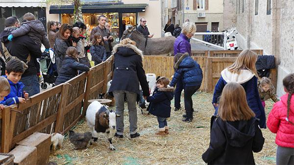 La ferme de Noël sur la place Sadi Carnot